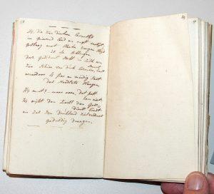 Aantekeningenboekje van de dichter Jacobus Bellamy met proeve van een gedicht, ca. 1779/1782 (hs. 6111).